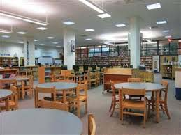 Photo of inside Tamanend Middle School Library.